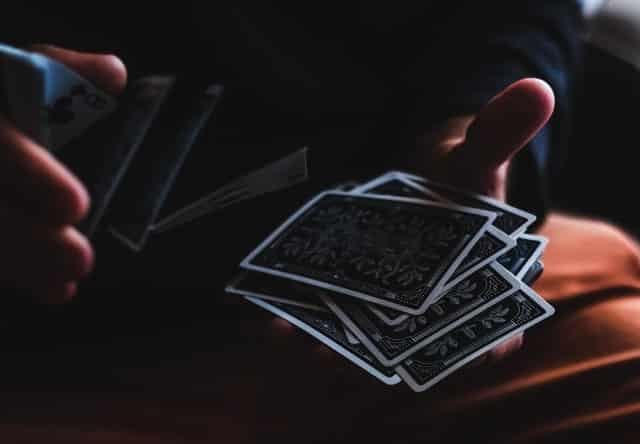 Hacer magia con cartas